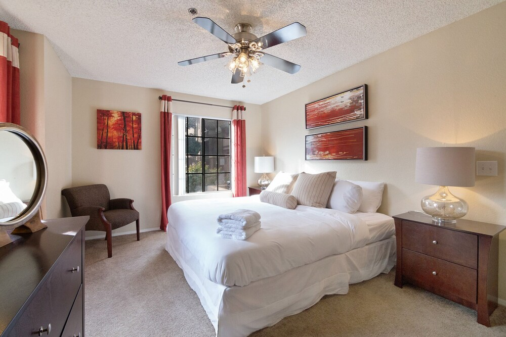 The Luxe Suites of Tempe Pool Fitness Center