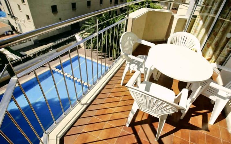 Gallery image of Apartamentos Murillo Salou