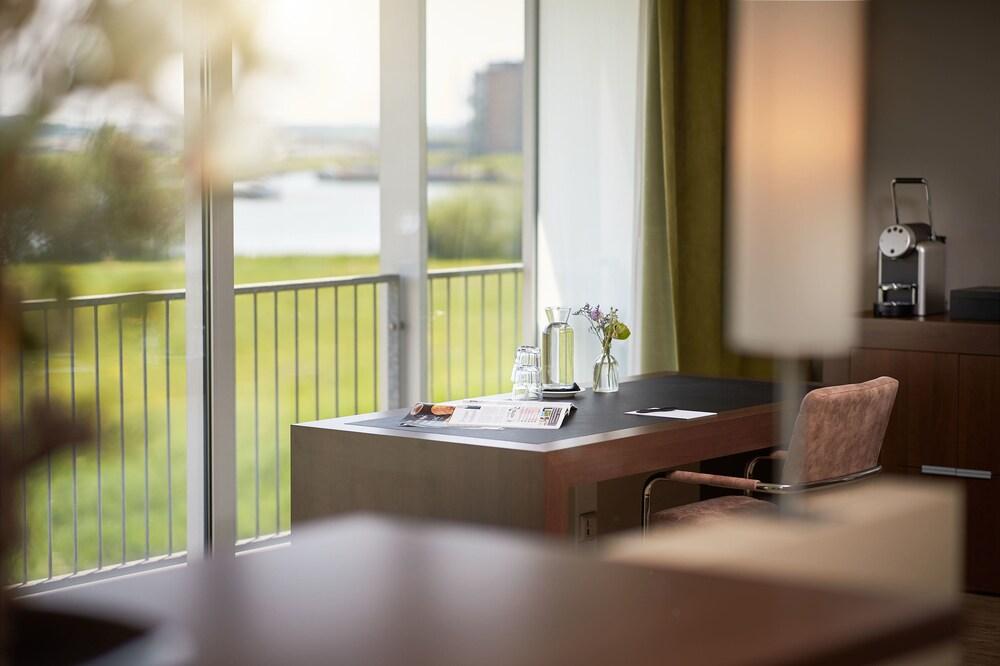 Gallery image of Van der Valk Hotel ARA