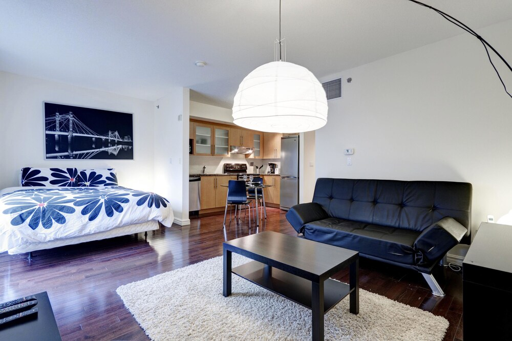 Bleury Furnished Suites by Hometrotting