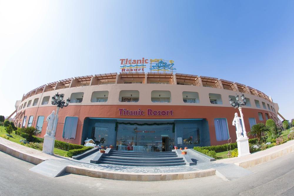 Titanic Resort and Aqua Park All Inclusive