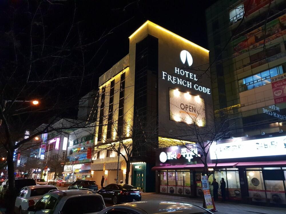 Hotel Frenchcode
