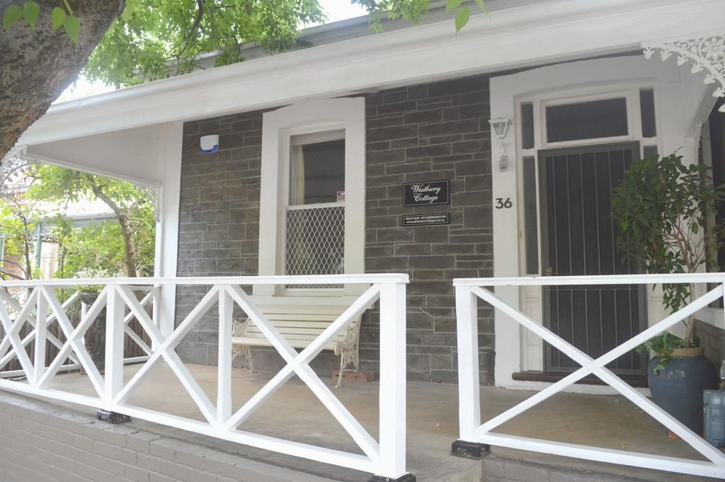 Westbury Cottage