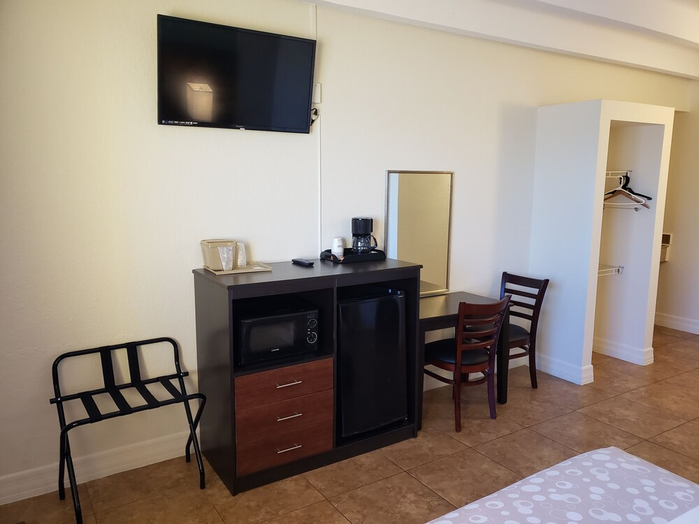 Gallery image of OceanFront Inn and Suites