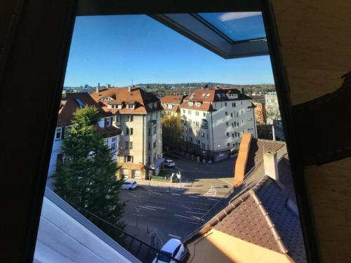 Luftig helle Dachwohnung mit Panoramablick