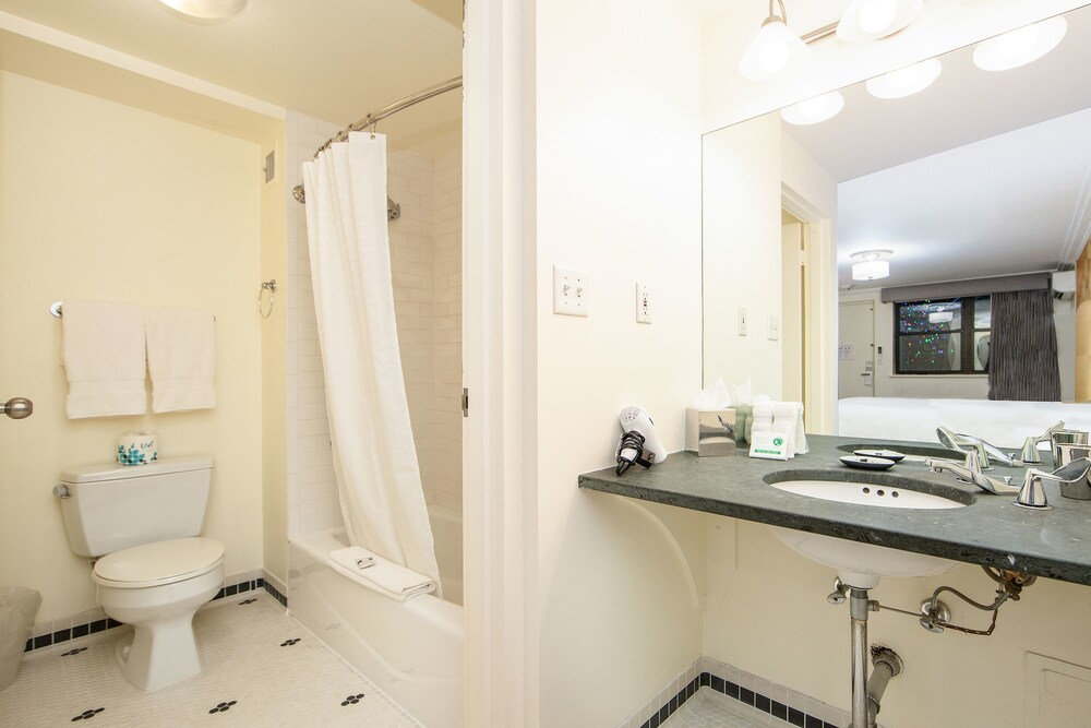 Gallery image of 414 Hotel