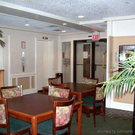 Gallery image of A1 Inn Kansas City