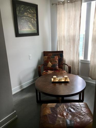Clean Cozy & Modern Private Room in Awesome Neighborhood