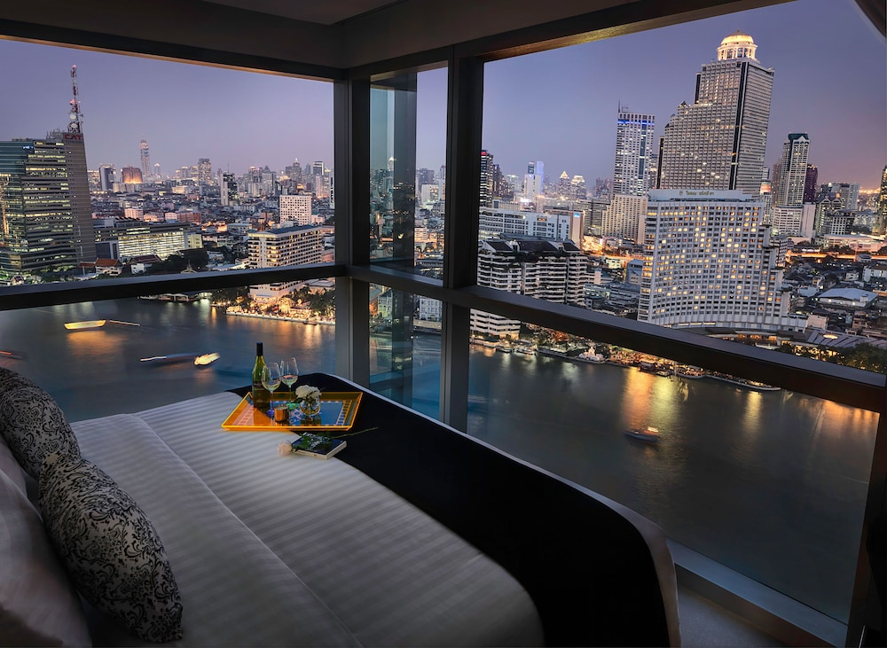 Klapsons The River Residences Bangkok