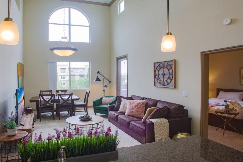 Irvine Luxury Suites