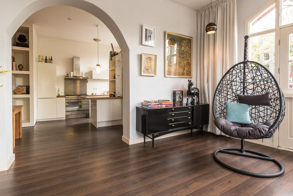Apartment Azara Amsterdam