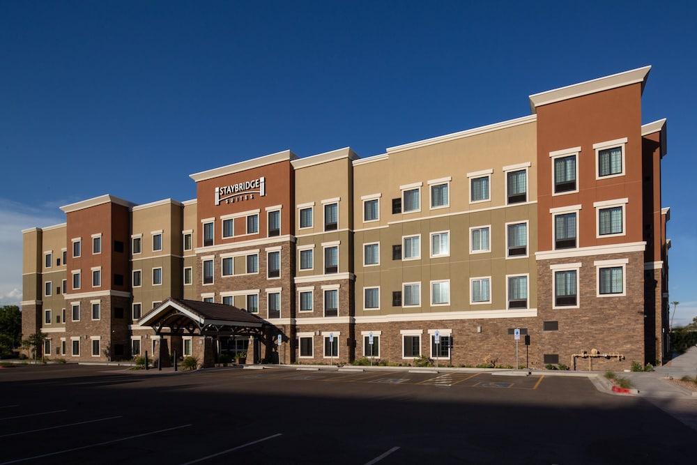 Staybridge Suites Phoenix Biltmore Area