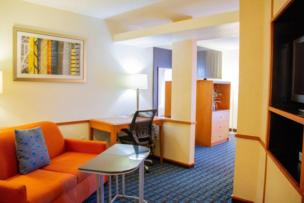 Gallery image of Fairfield Inn & Suites Fort Walton Beach Eglin AFB