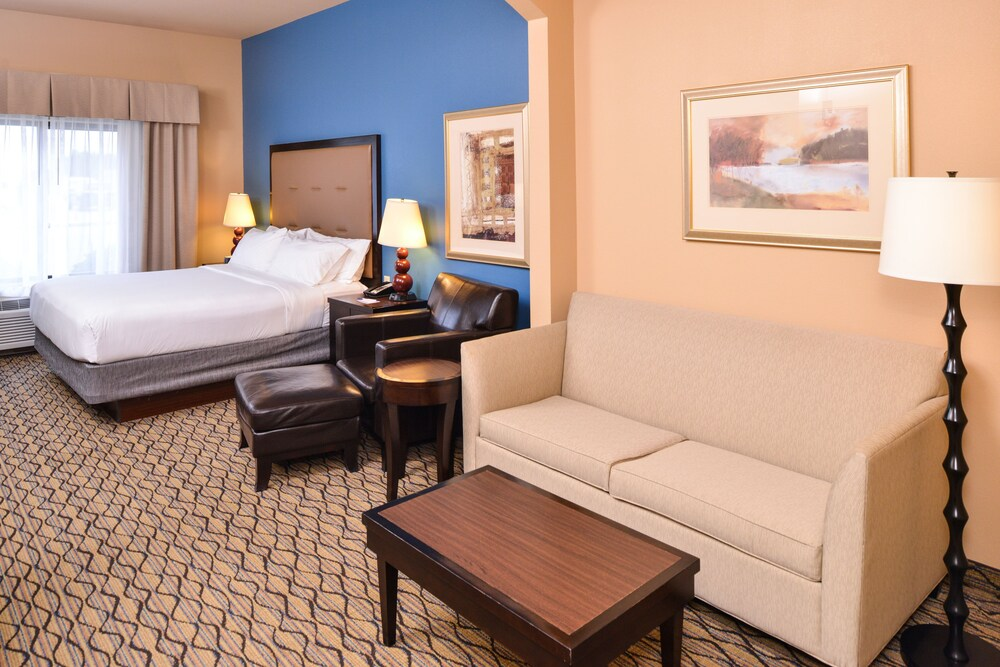 Gallery image of Holiday Inn Express Hotel & Suites Wichita Falls