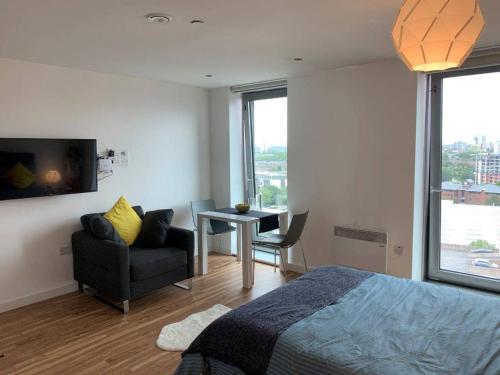 Modern Studio Apartment in Media City