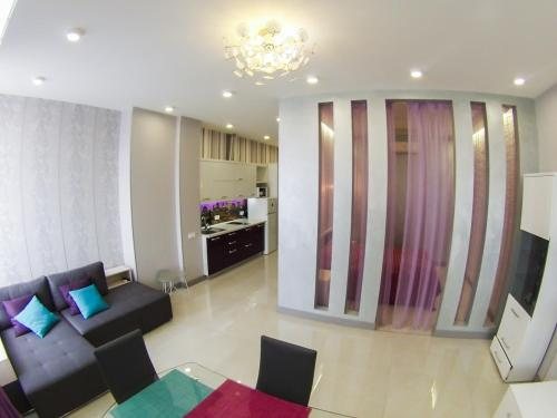 Zhylianska Business Class Apartment