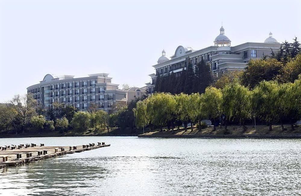 Nanjing Mingfa Pearl Spring Hotel