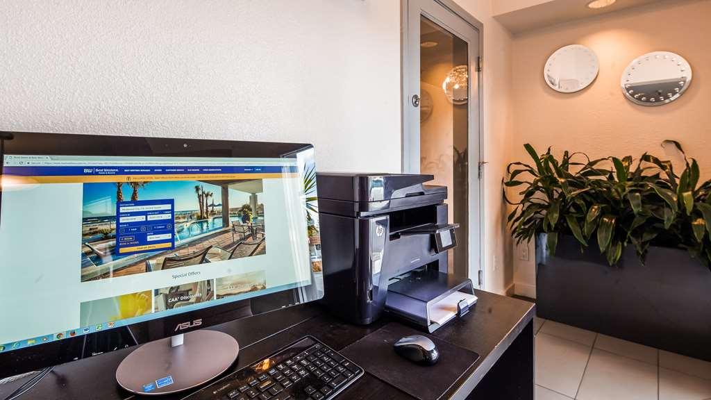 Gallery image of Best Western Plus Executive Suites
