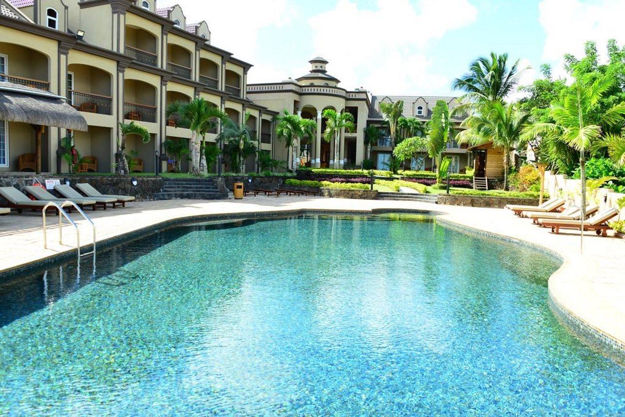 Sunset Reef Resort Spa