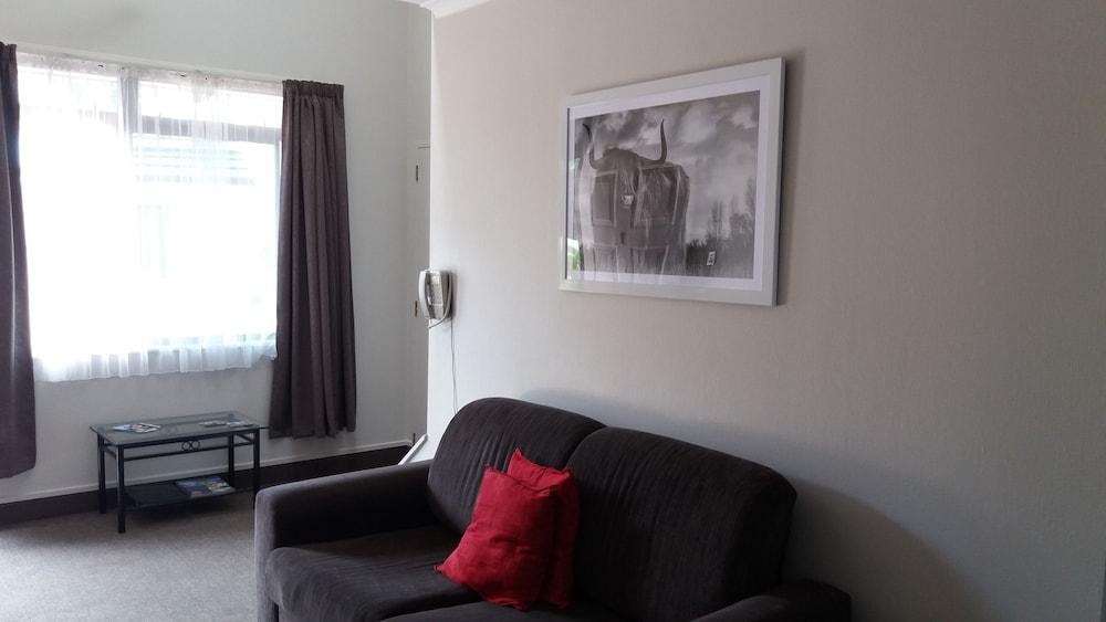 Gallery image of Bay Palm Motel