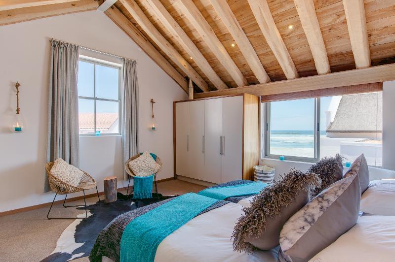 Santa Maria Beach House & Spa