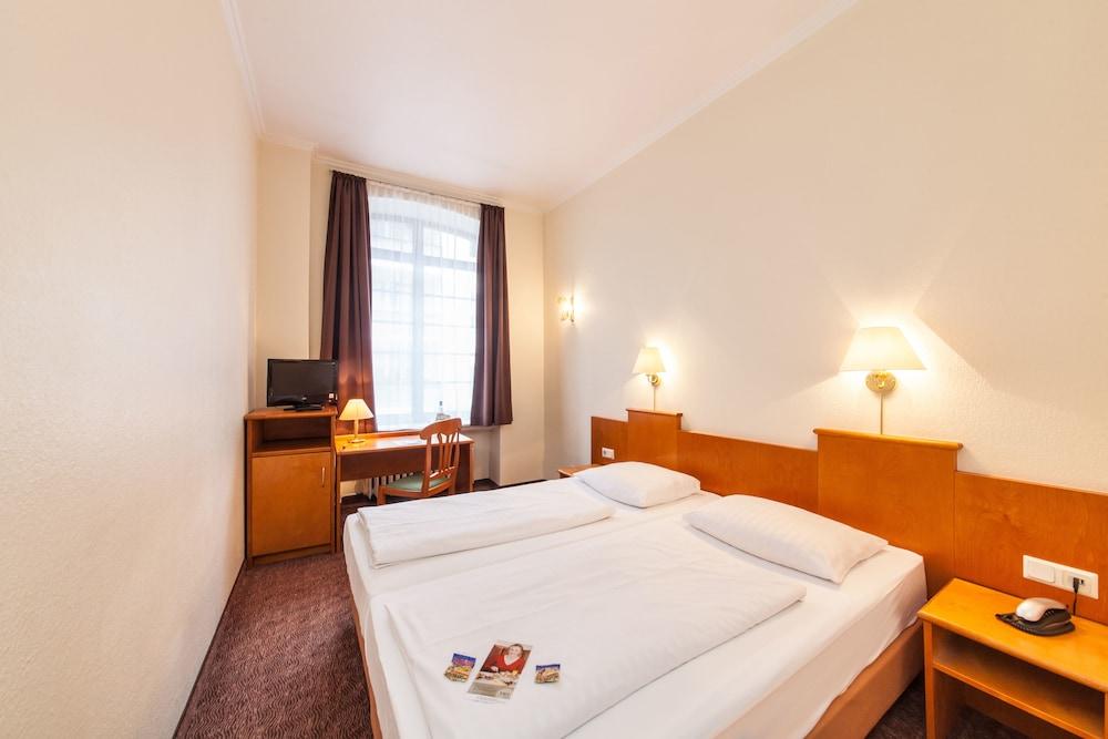 Novum Hotel Ahl Meerkatzen Koln Altstadt