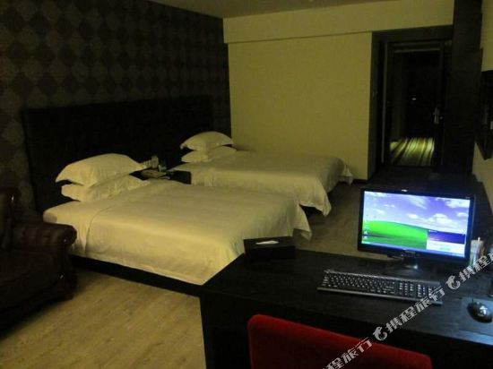 Gallery image of Fx Hotel