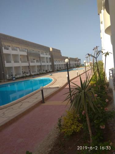 Cecelia Resort