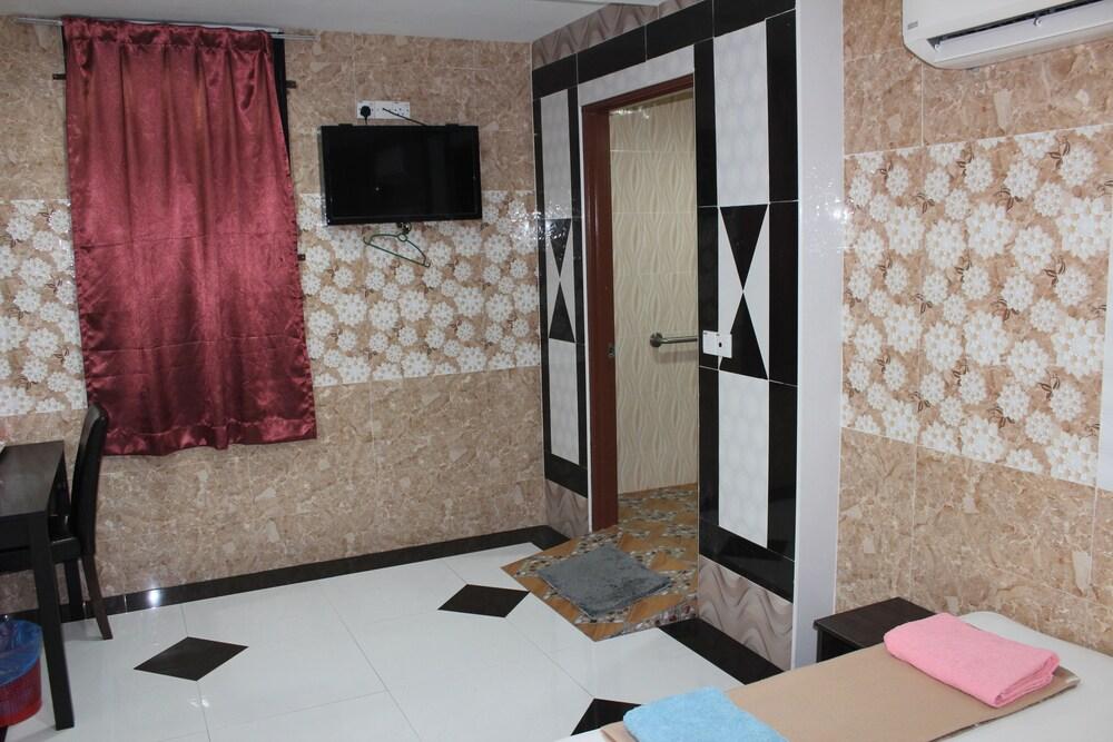 Gallery image of Batu Caves Business Hotel