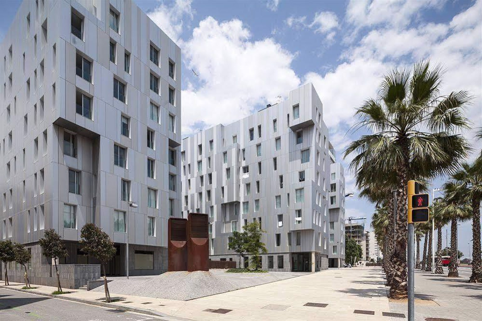 Mistral City Pool Apartments