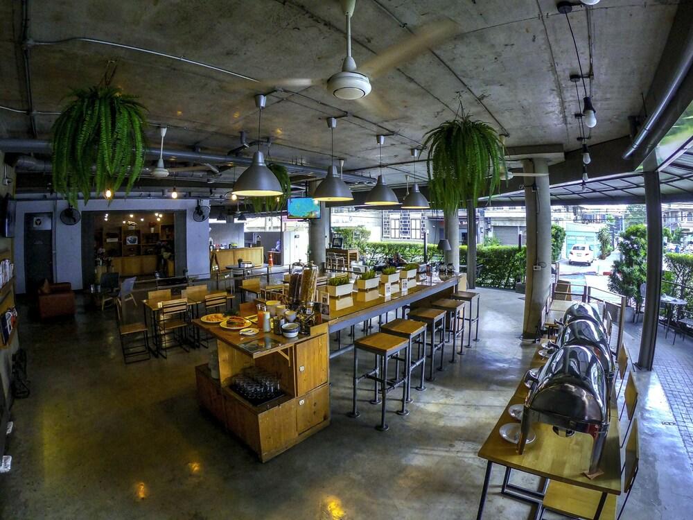 Siri Oriental Bangkok Hotel