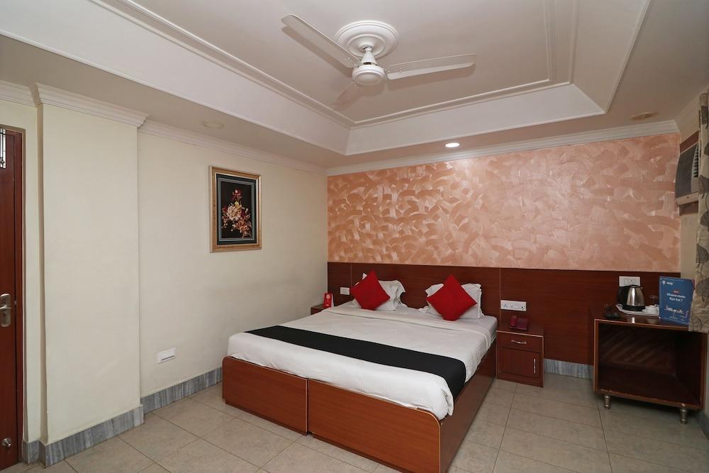 Capital O Hotel Presidency Inn