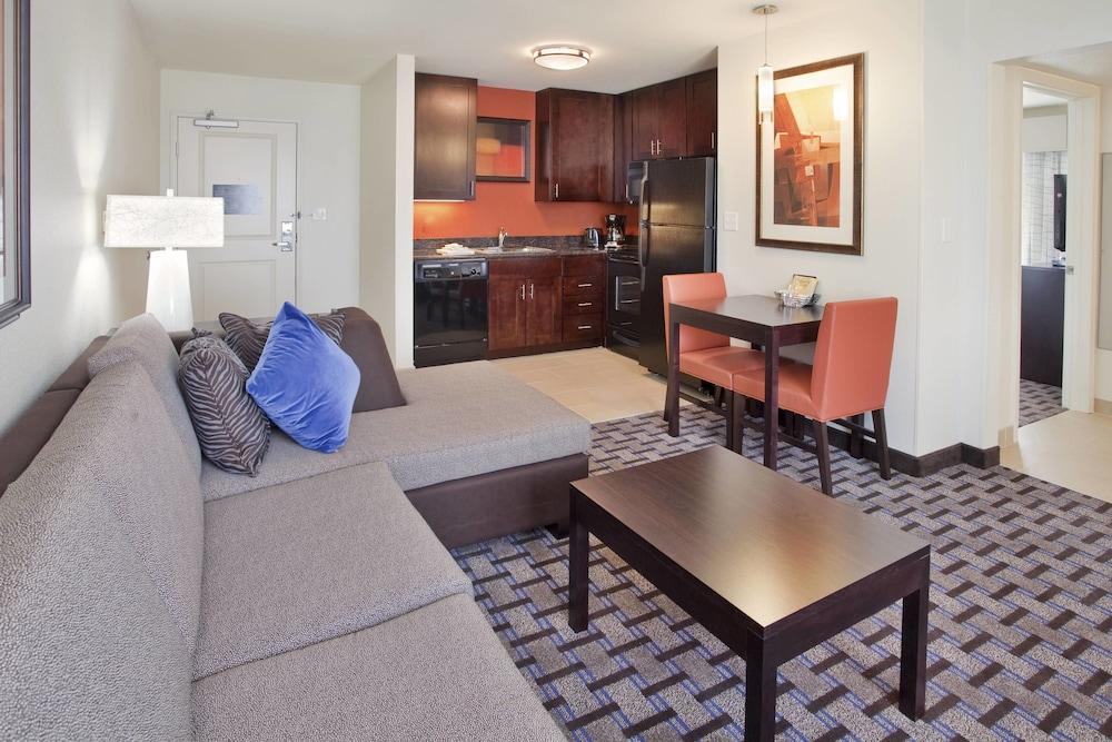 Residence Inn Houston I 10 West Park Row