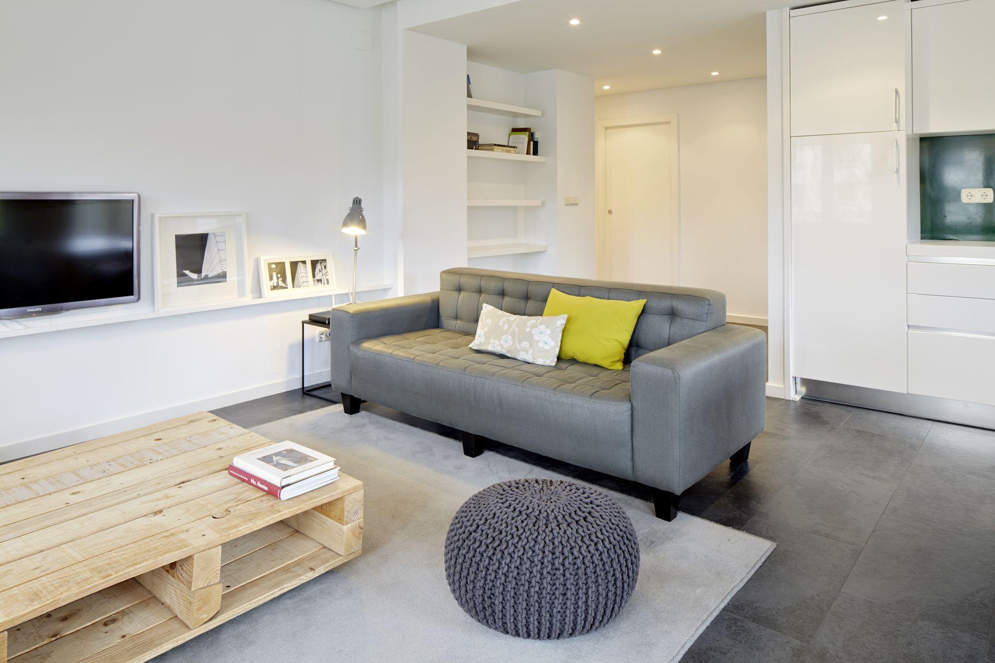 Araba Parkea Apartment by FeelFree Rentals