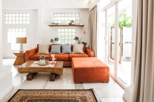 SooBali White Villa