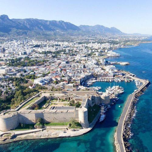 Kyrenia Centre Apartment