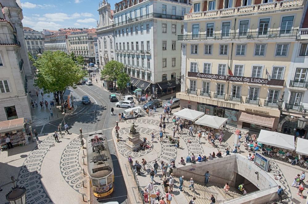 Chiado Square Lisbon Best Apartments