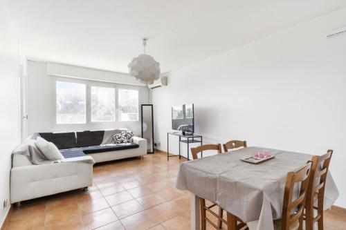 Cozy 2br w AC and balcony in the Grand M district of Montpellier Welkeys
