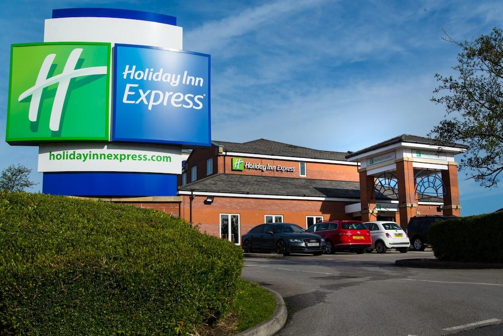 Holiday Inn Express Manchester East