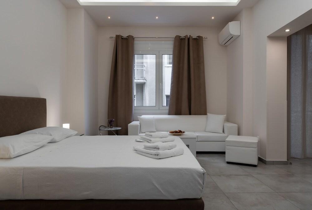 Alekos Lux Apartments
