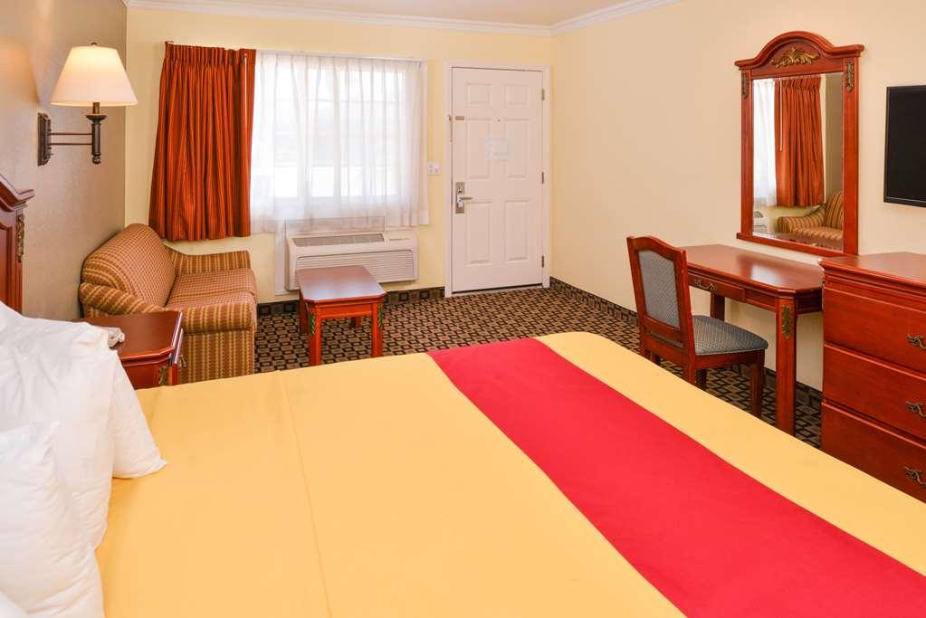 Gallery image of Americas Best Value Inn & Suites San Bernardino