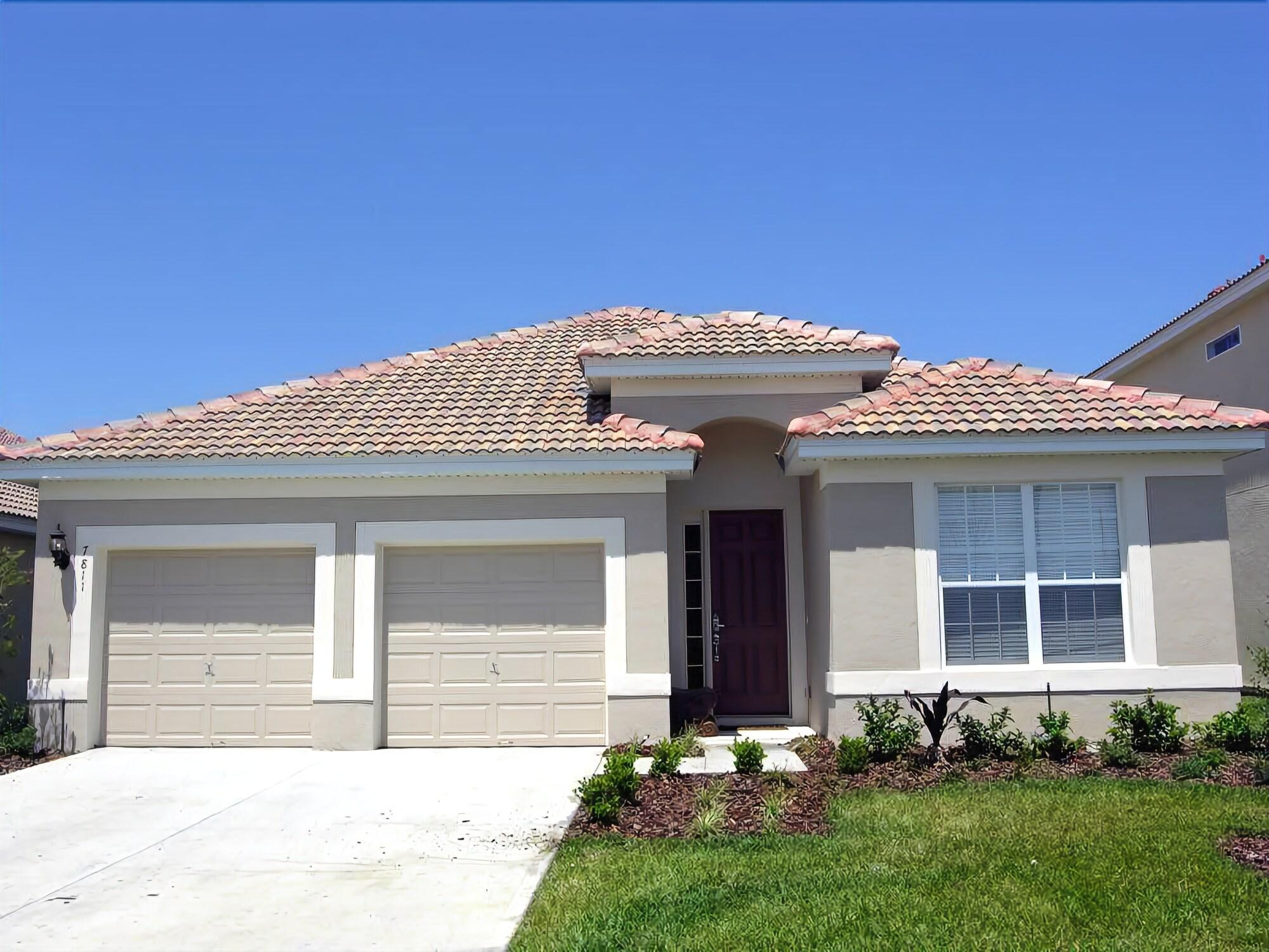 Luxury 4 Bedroom 4 Bath Home with Private Pool & Spa