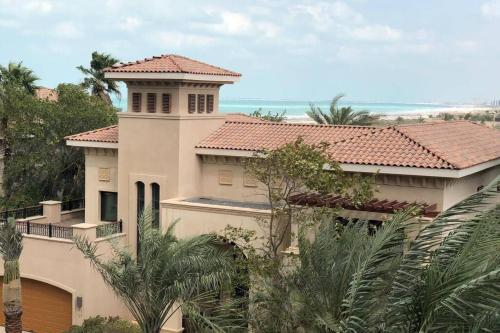 Family Villa on Saadiyat Island SEA VIEW