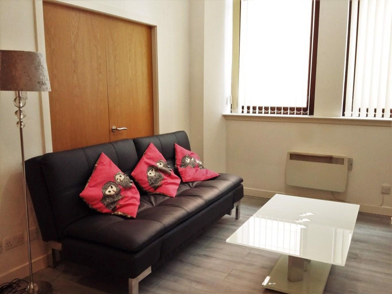 City Centre Apartment Renfrew Chambers