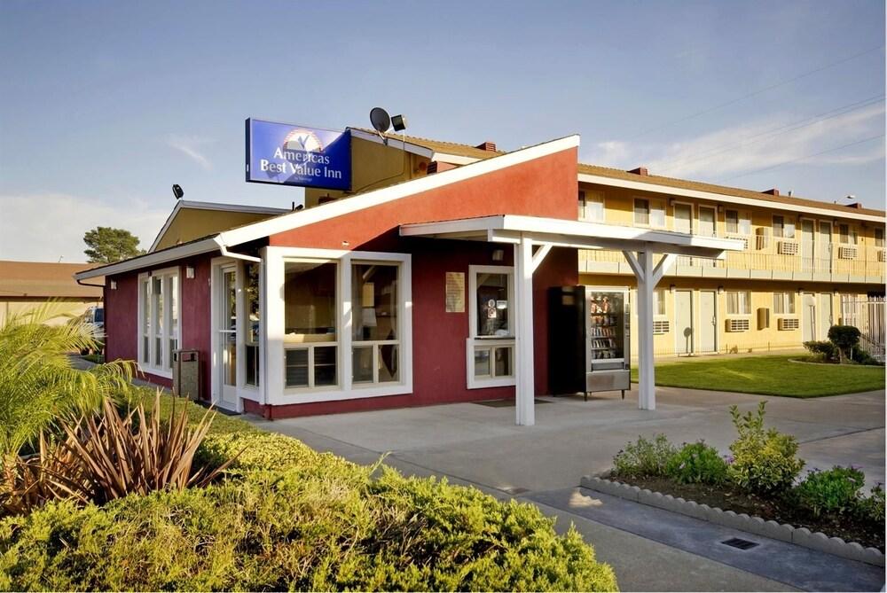 Oasis Inn Sacramento Elk Grove