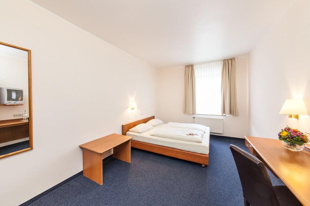 Hotel Antares Dusseldorf