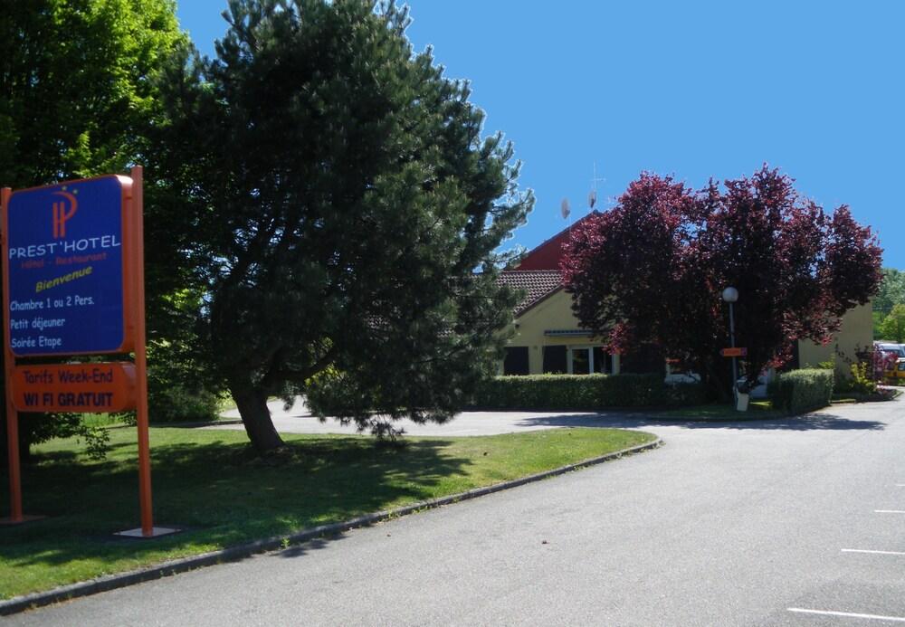 Gallery image of Prest'Hôtel Epinal
