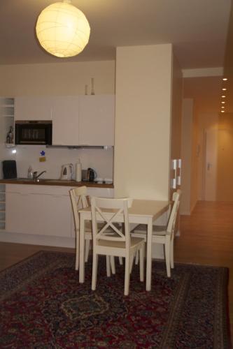 Premarental Apartment (پرمارنتال آپارتمان)