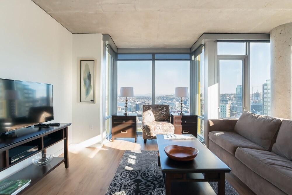 SoBe Third Ave Apartments