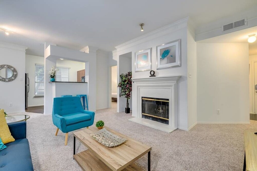 South Congress Corp Rentals by NamaStay
